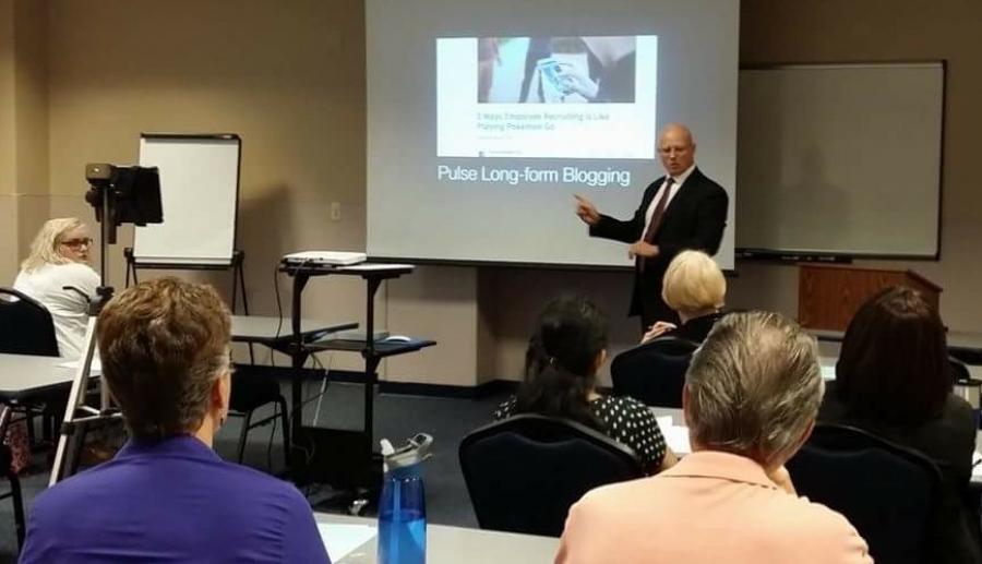 Jerry Gitchel - Teaching LInkedIn at UNF